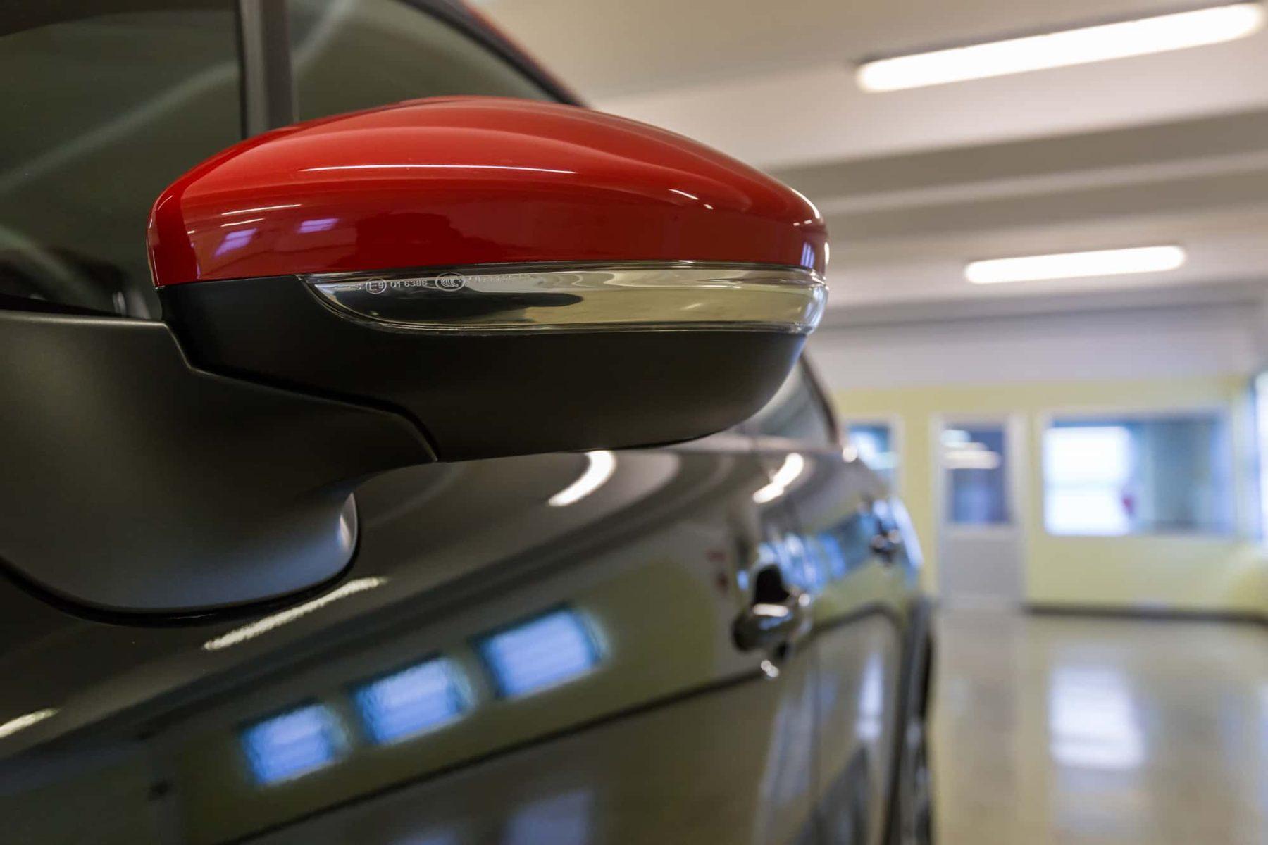 Citroen Interni C3 Bluehdi 75 S&S Shine Nero Tetto Rosso km0