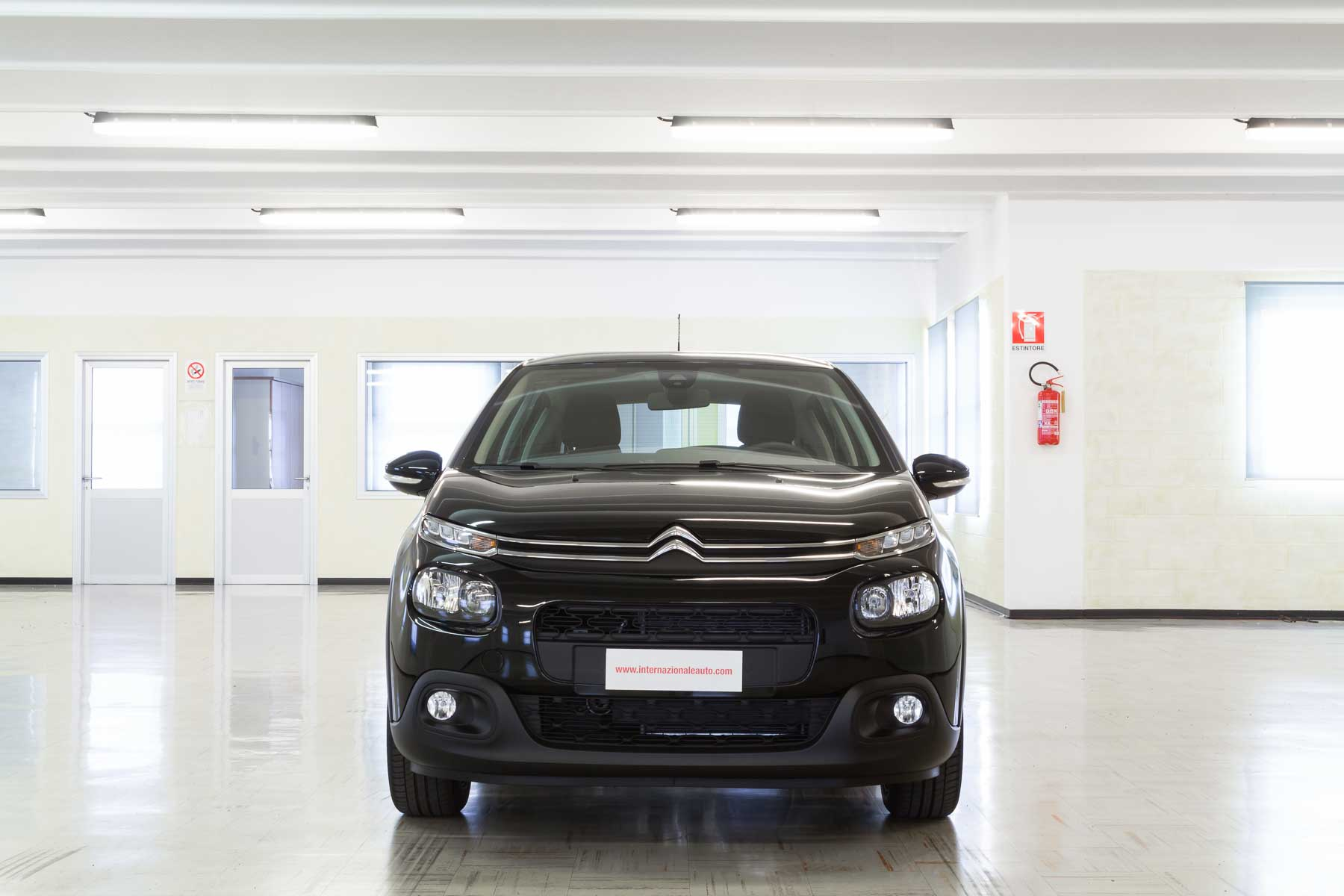 Citroen C3 Feel Nero Display Touch fronte km0