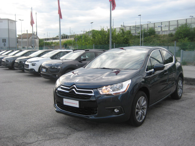 Citroen Ds4 Airdream So Chic Blu Usata