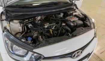 Hyndai Interni I20 Bluedrive Gpl Classic Bianca Usata Motore