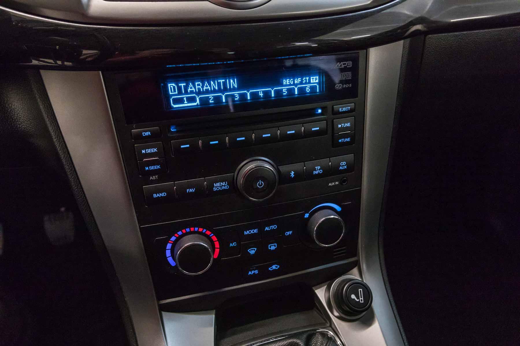 Chevrolet Interni Captiva Bianco 2wd Ls Usata Autoradio