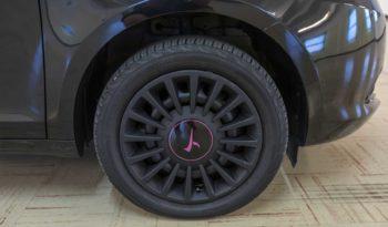 Lancia Interni Ypsilon Nera Elefantino Usata Ruota